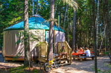 yurt camping in Tremblant