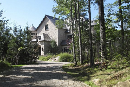 Chamandy home, invest in Mont Tremblant